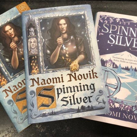 1-minute review of Spinning Silver by Naomi Novik | Bulletpointreviews.com